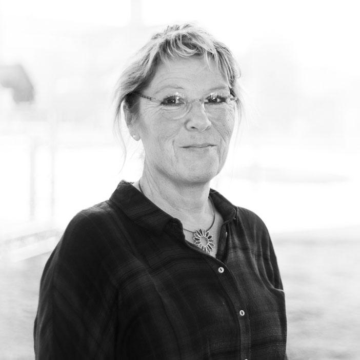 Karin Bräuer - Rechtsanwalts- und Notarfachangestellte Zuständig für notarielle Abwicklung für die Notare Martin Stock, Ansgar Delbeck und Dr. Julia Tielsch