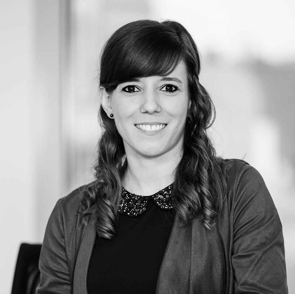 Ramona Schlechtriemen - Rechtsanwalts- und Notarfachangestellte Zuständig für Rechtsanwältin und Notarin Dr. Julia Tielsch