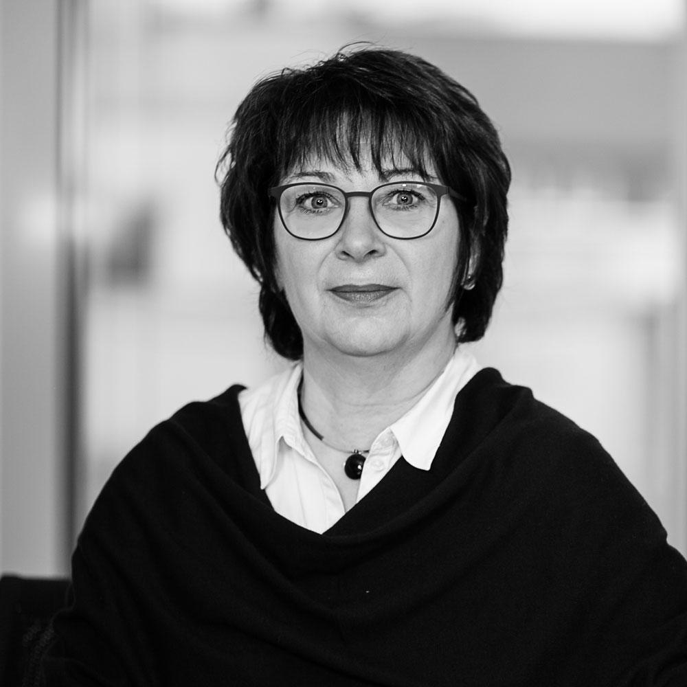 Ulrike Walther - Rechtsanwalts- und Notarfachangestellte Zuständig für Rechtsanwalt und Notar Martin Stock